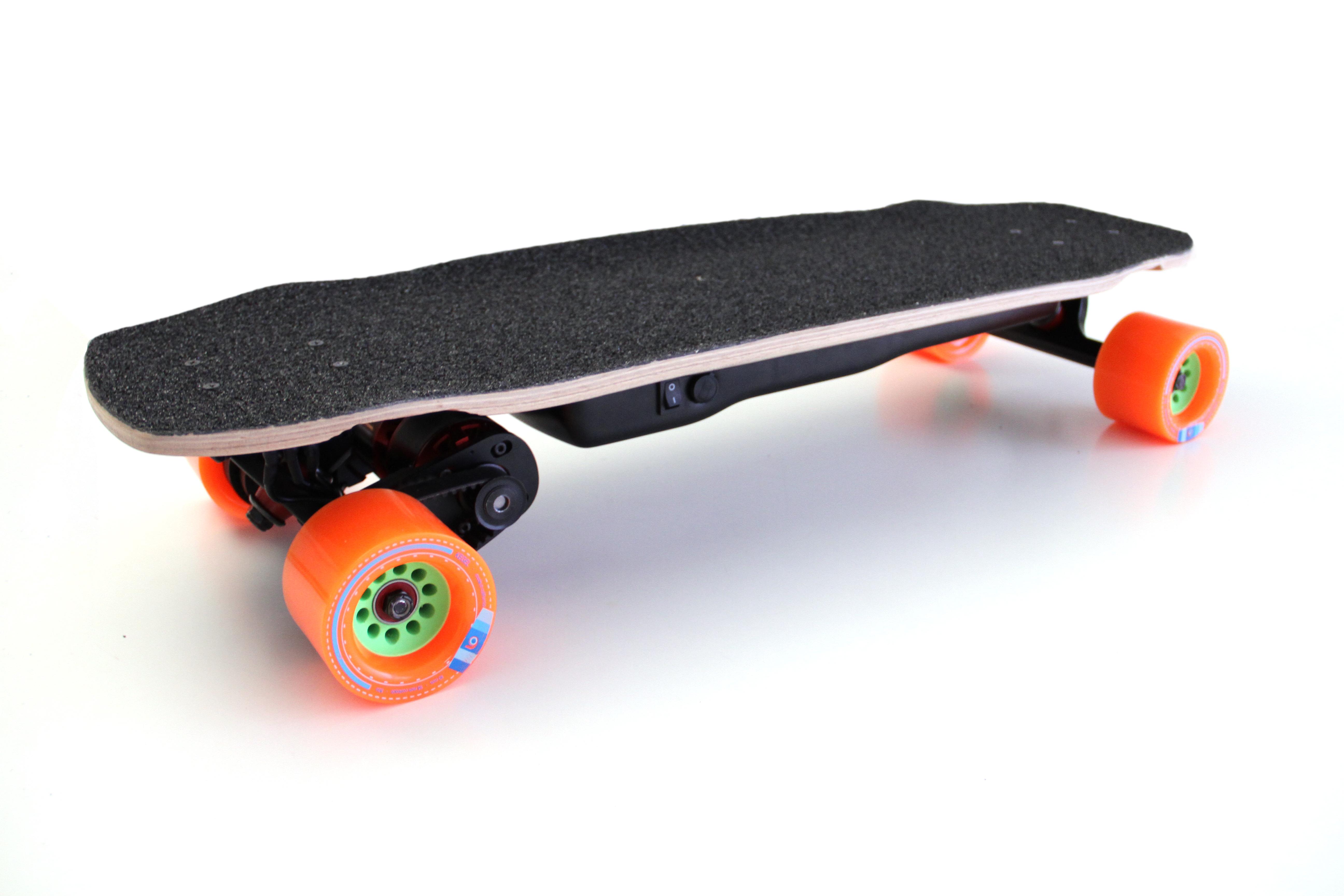 Déballage de l'UNiK PRO, e-skate français ultime