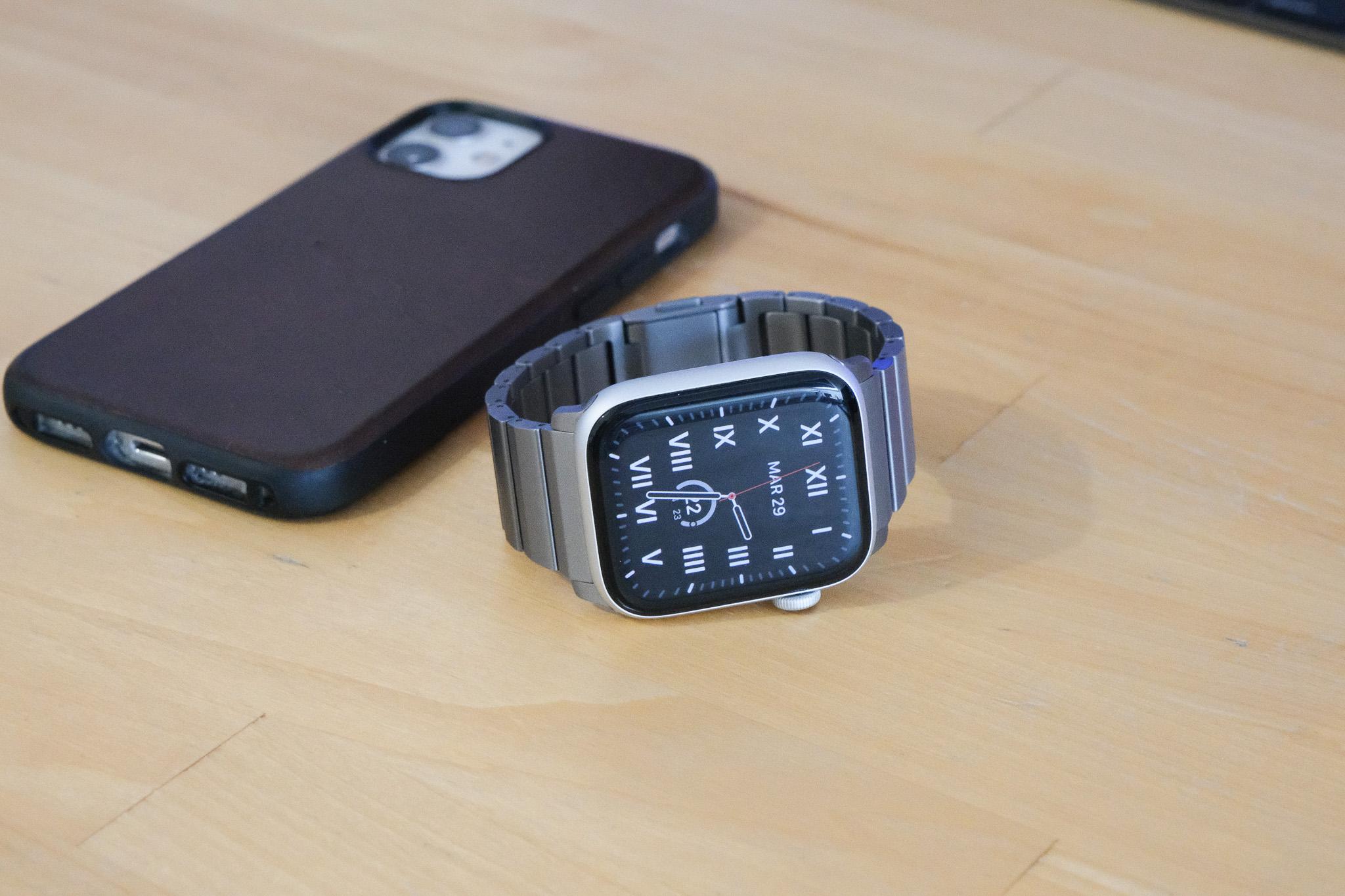 Nouveau bracelet Nomad Acier ou Titane pour Apple Watch